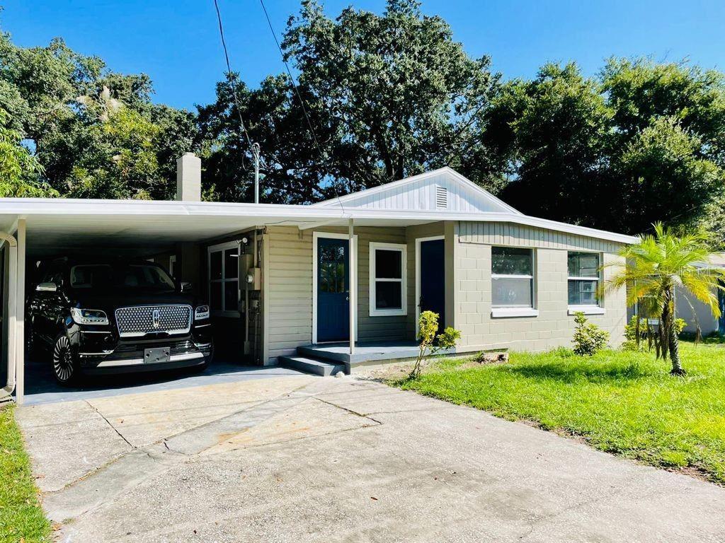 Photo of 223 E LAFAYETTE STREET, WINTER GARDEN, FL 34787 (MLS # O5975244)