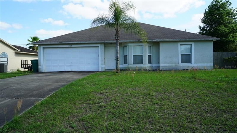 2729 GRAMERCY DRIVE, Deltona, FL 32738 - MLS#: O5940247