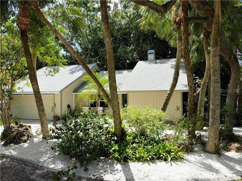 Photo of 521 AVALON ROAD, VENICE, FL 34293 (MLS # N6111249)