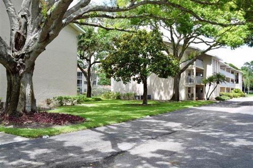 Photo of 3985 MACEACHEN BOULEVARD #212, SARASOTA, FL 34233 (MLS # A4468252)