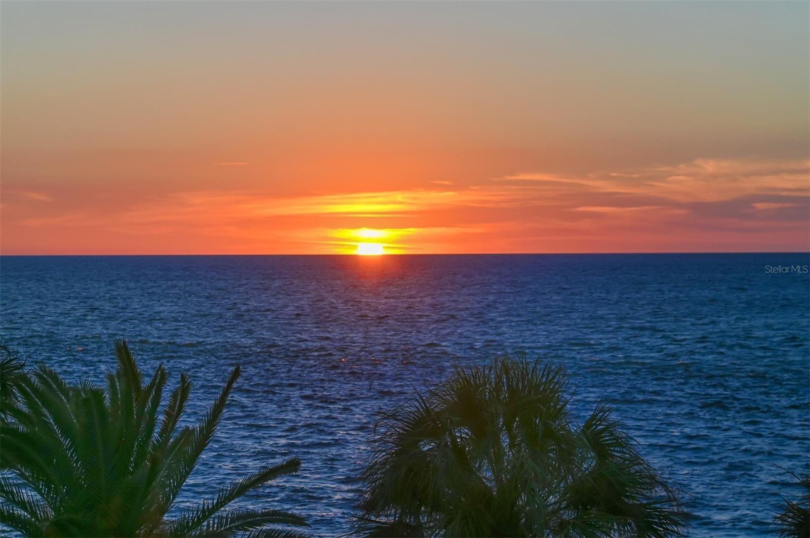 Photo of 4708 OCEAN BOULEVARD #E8, SARASOTA, FL 34242 (MLS # A4515252)