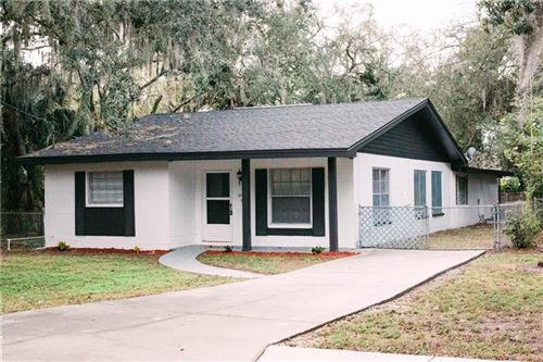 Photo of 12912 WOODLEIGH AVE, TAMPA, FL 33612 (MLS # S5045256)