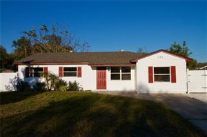 Photo of 101 E GRAPEFRUIT CIRCLE, CLEARWATER, FL 33759 (MLS # U8031256)