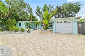 Photo of 165 ISLAND CIRCLE, SARASOTA, FL 34242 (MLS # A4448257)