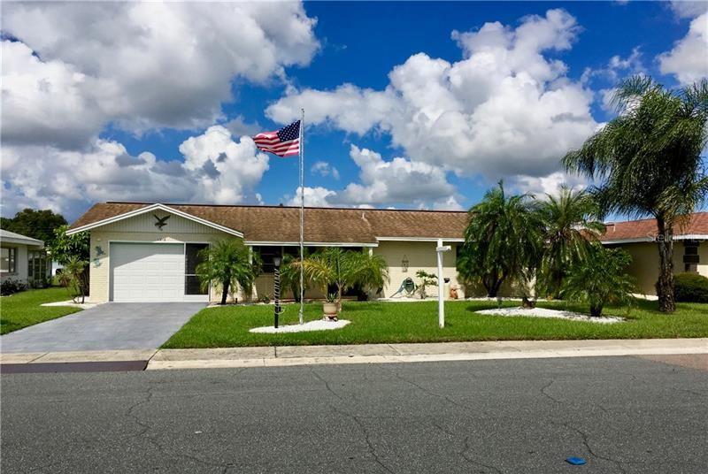 1218 FORDHAM DR, Sun City Center, FL 33573 - MLS#: T3193259