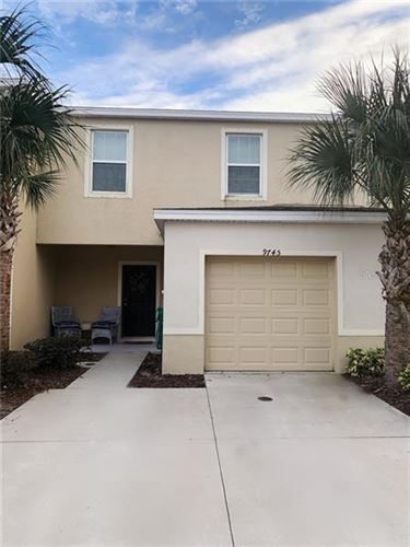 Photo of 9745 HOUND CHASE DRIVE, GIBSONTON, FL 33534 (MLS # T3222263)