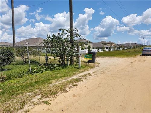 Photo of 2018 HOLLY HILL FRUIT ROAD, DAVENPORT, FL 33837 (MLS # P4912268)