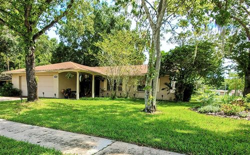 Photo of 16501 LONESDALE PLACE, TAMPA, FL 33624 (MLS # T3329273)