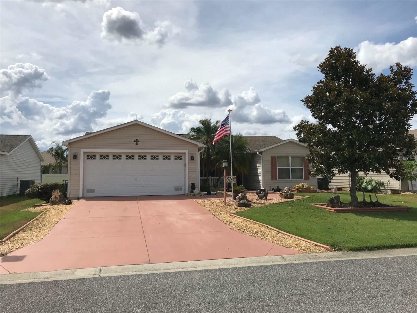 1609 BLOSSOM TERRACE, The Villages, FL 32162 - #: T3310273