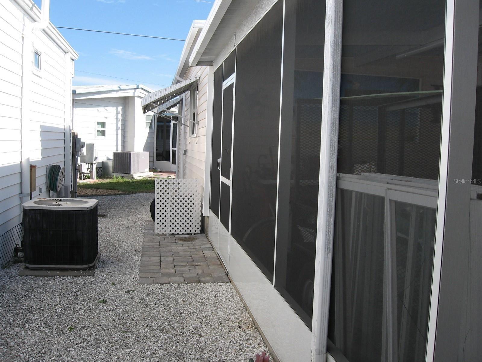 Photo of 1805 IOWA AVENUE, BRADENTON, FL 34207 (MLS # A4515274)