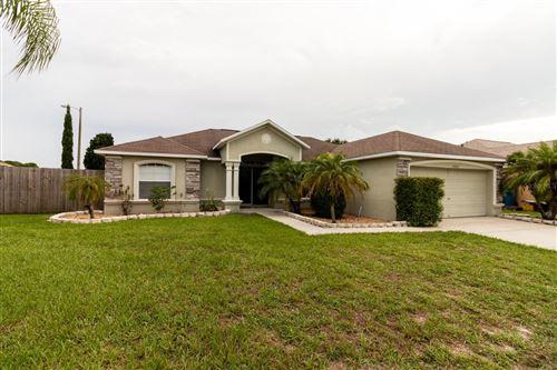 Photo of 5001 QUERCUS LOOP, WINTER HAVEN, FL 33880 (MLS # P4917281)