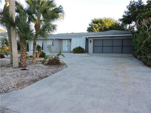Photo of 527 BELLAIRE DRIVE, VENICE, FL 34293 (MLS # R4904286)