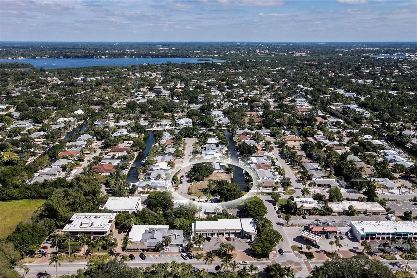 Photo of 304 AVENIDA LEONA, SARASOTA, FL 34242 (MLS # A4515286)