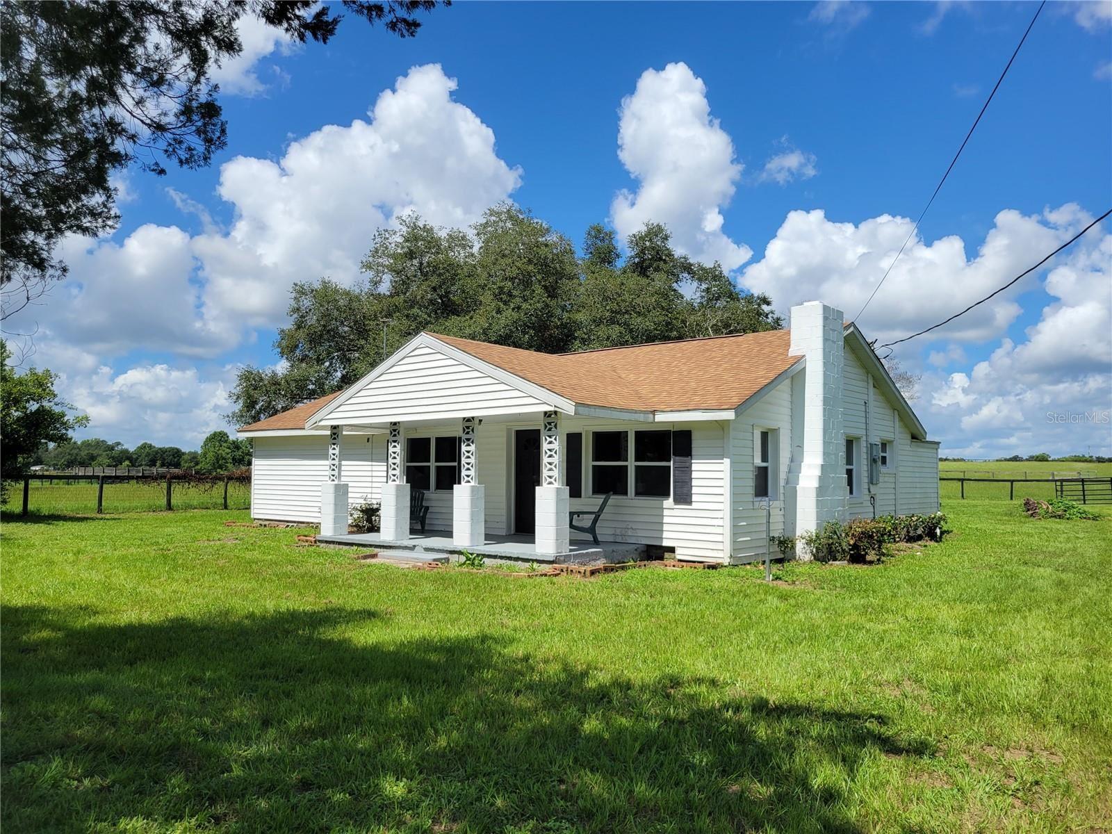 Photo for 3130 S US HIGHWAY 41, DUNNELLON, FL 34432 (MLS # OM616292)