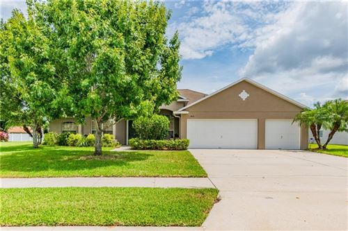 Photo of 1612 MISTFLOWER LANE, WINTER GARDEN, FL 34787 (MLS # O5876294)