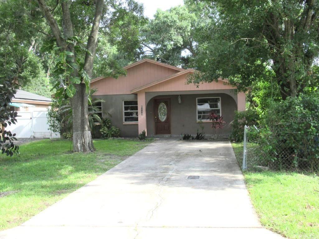 8708 FOUNTAIN AVENUE, Tampa, FL 33615 - #: T3315296