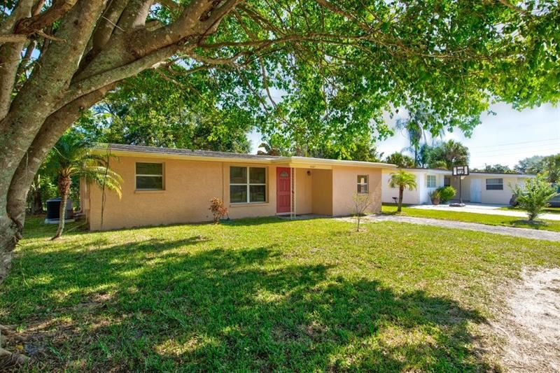 Photo of 4427 E DRAKE BOULEVARD, BRADENTON, FL 34203 (MLS # A4500297)