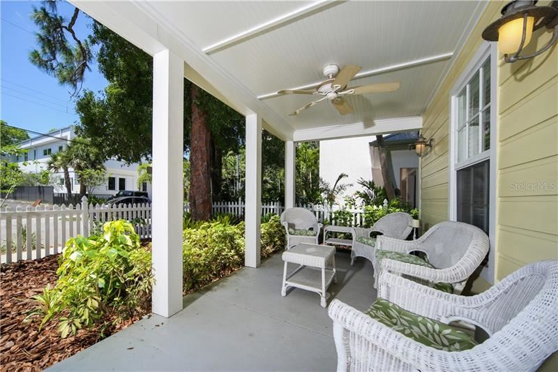 Photo of 1663 LAUREL STREET, SARASOTA, FL 34236 (MLS # D6112299)