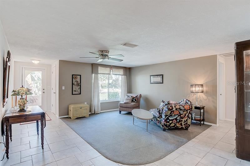Photo of 1324 PINE NEEDLE ROAD, VENICE, FL 34285 (MLS # N6110300)