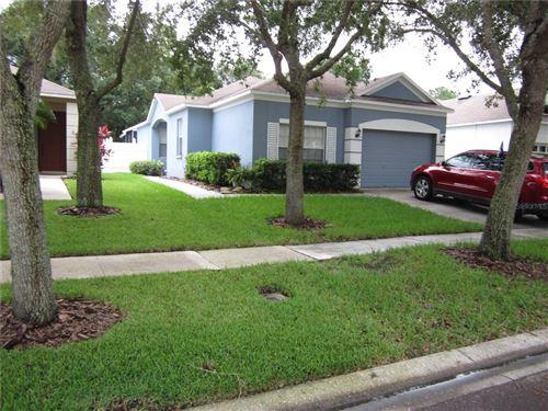 Photo of 6104 KITERIDGE DRIVE, LITHIA, FL 33547 (MLS # T3318301)