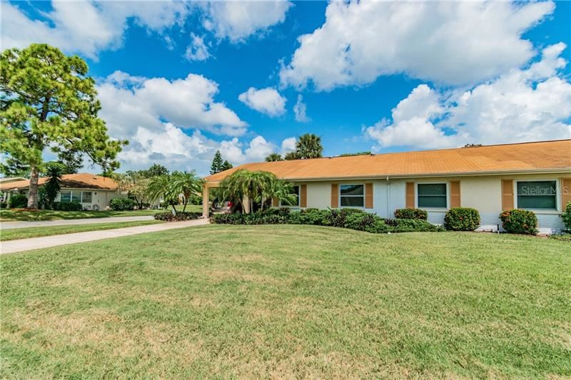 2215 HIGHCLERE CIRCLE #3, Sun City Center, FL 33573 - #: T3261302