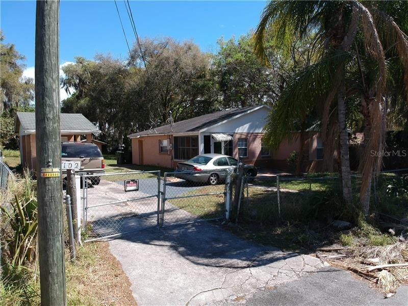 102 N FAULKNER AVENUE, Leesburg, FL 34748 - #: OM601303