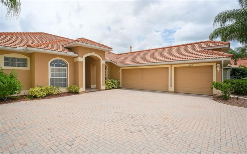 Photo of 12639 DAISY PLACE, BRADENTON, FL 34212 (MLS # A4472304)