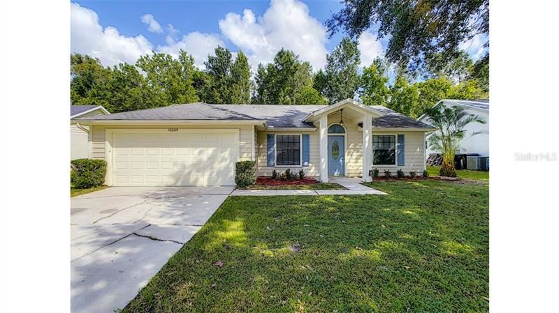 10209 WINDING CREEK LANE, Orlando, FL 32825 - #: O5902306