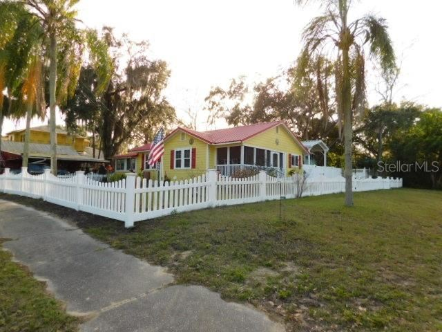 Photo for 1200 MAIN STREET, SAFETY HARBOR, FL 34695 (MLS # U8071306)
