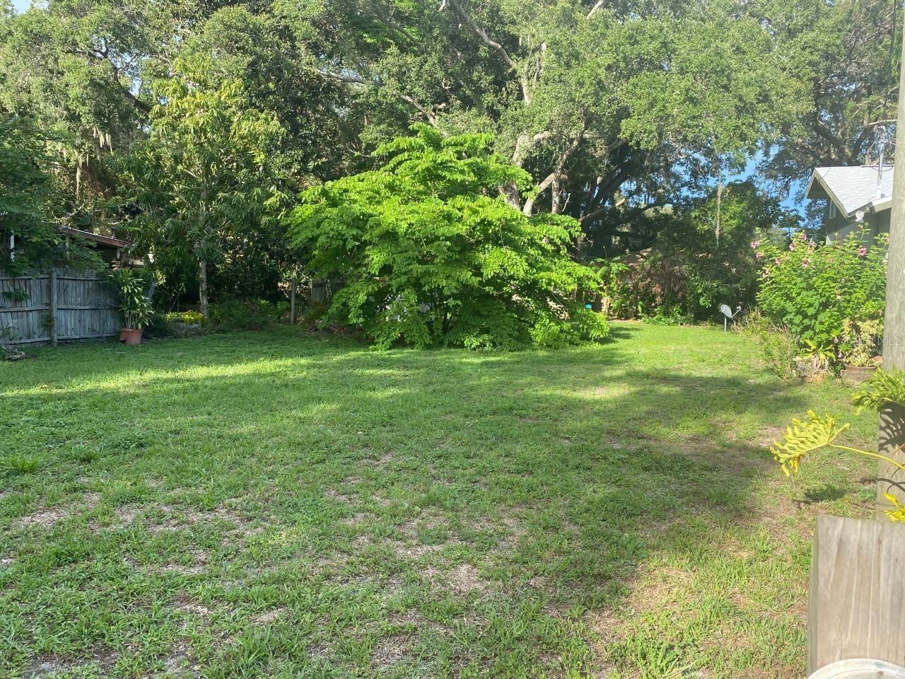 Photo of GALLUP AVENUE, SARASOTA, FL 34233 (MLS # N6116307)