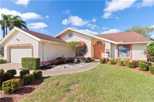 Photo of 4727 MEADOWVIEW CIRCLE, SARASOTA, FL 34233 (MLS # A4481309)