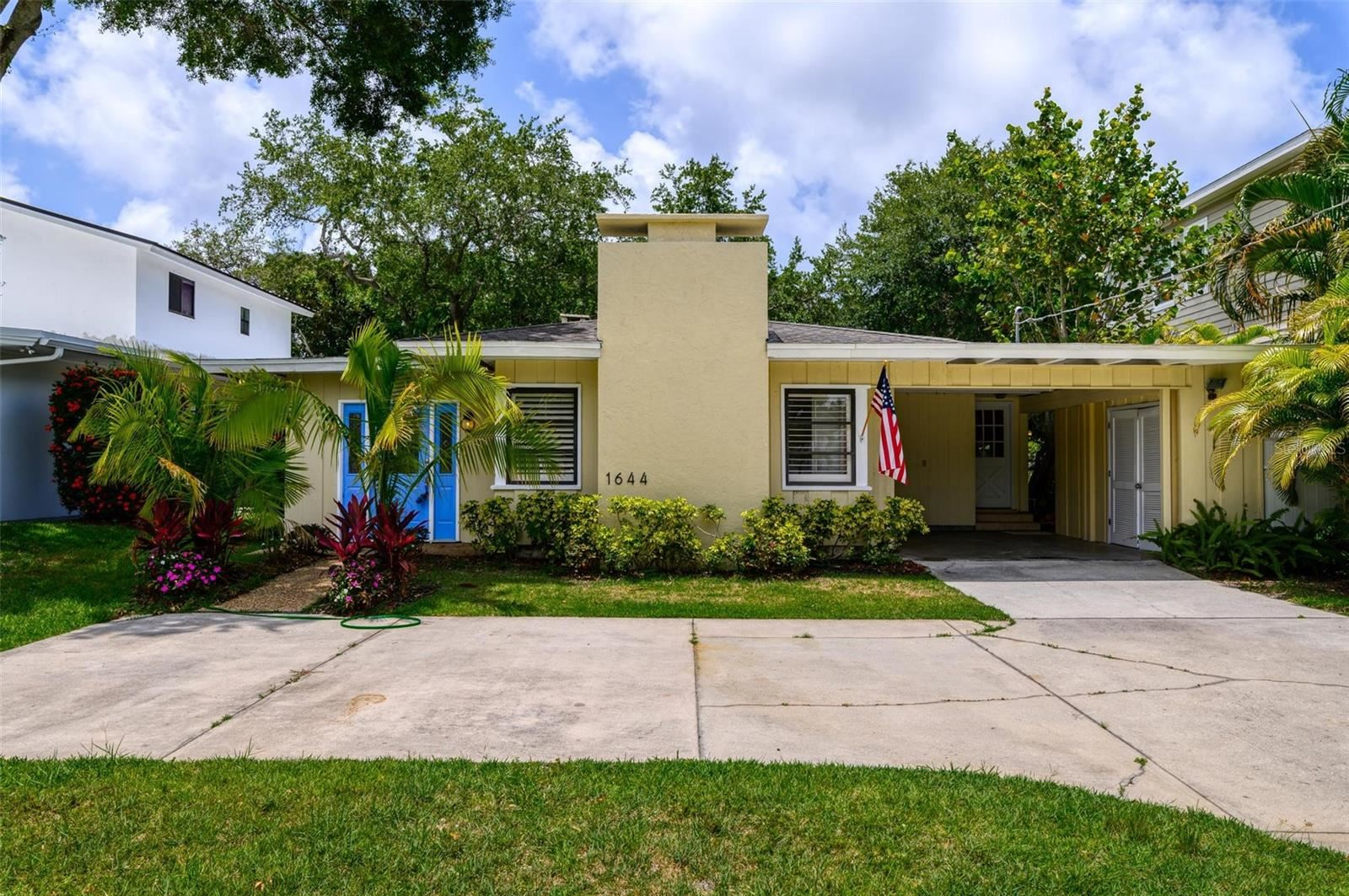 1644 BLUE HERON DRIVE, Sarasota, FL 34239 - #: A4511310