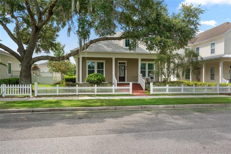 Photo of 936 DEWINSBERRY DRIVE N, WINTER GARDEN, FL 34787 (MLS # O5919311)
