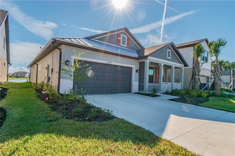 Photo of 6427 KENAVA LOOP, PALMETTO, FL 34221 (MLS # T3263312)
