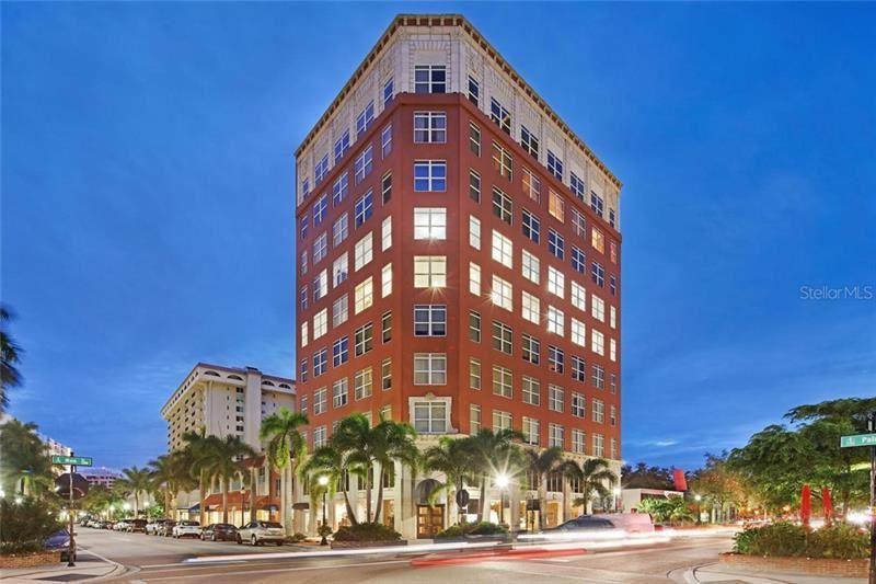 Photo of 1330 MAIN STREET #7, SARASOTA, FL 34236 (MLS # A4450313)