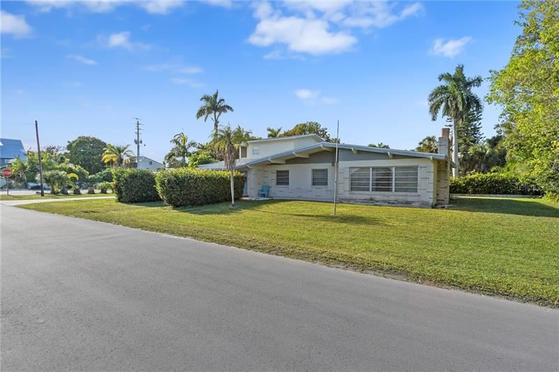 Photo of 202 PERIWINKLE PLAZA, ANNA MARIA, FL 34216 (MLS # A4455313)
