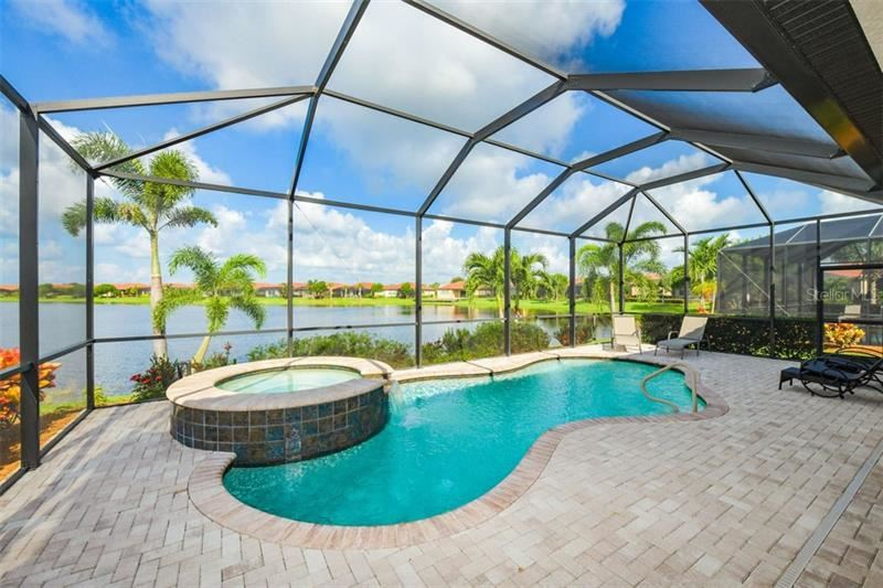 Photo of 23698 WAVERLY CIRCLE, VENICE, FL 34293 (MLS # N6112313)