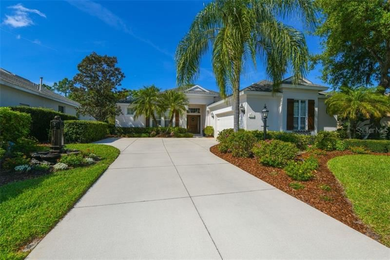 Photo of 7614 ALSTON COURT, UNIVERSITY PARK, FL 34201 (MLS # A4463314)