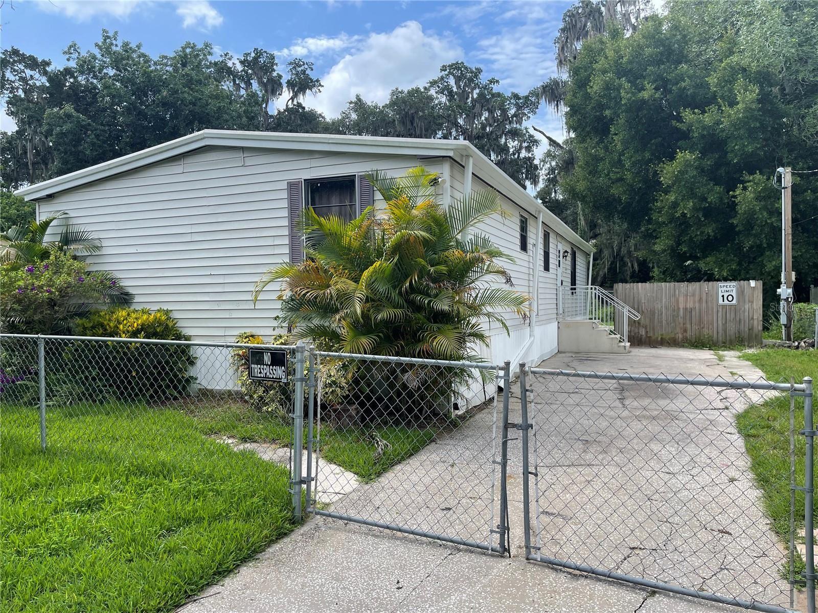 209 MOBILE PLACE, Brandon, FL 33510 - MLS#: T3318315