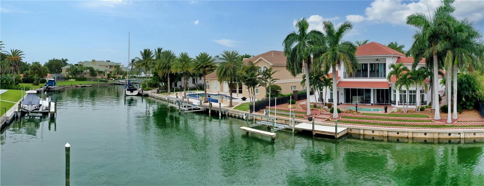 367 W ROYAL FLAMINGO DRIVE, Sarasota, FL 34236 - #: A4510316