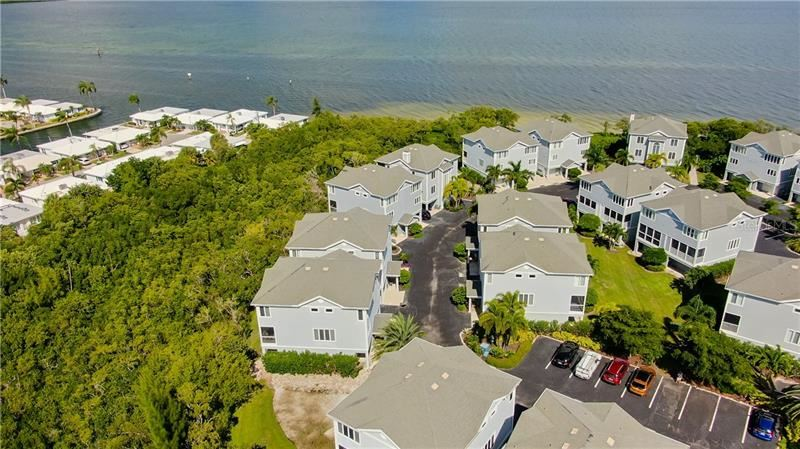 Photo of 848 EVERGREEN WAY, LONGBOAT KEY, FL 34228 (MLS # T3273316)