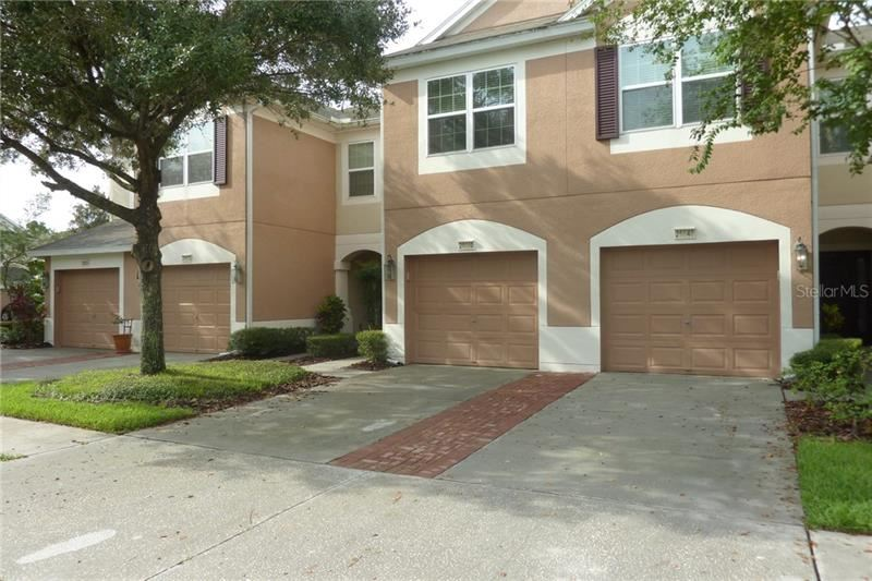 26650 CASTLEVIEW WAY, Wesley Chapel, FL 33544 - #: U8095321