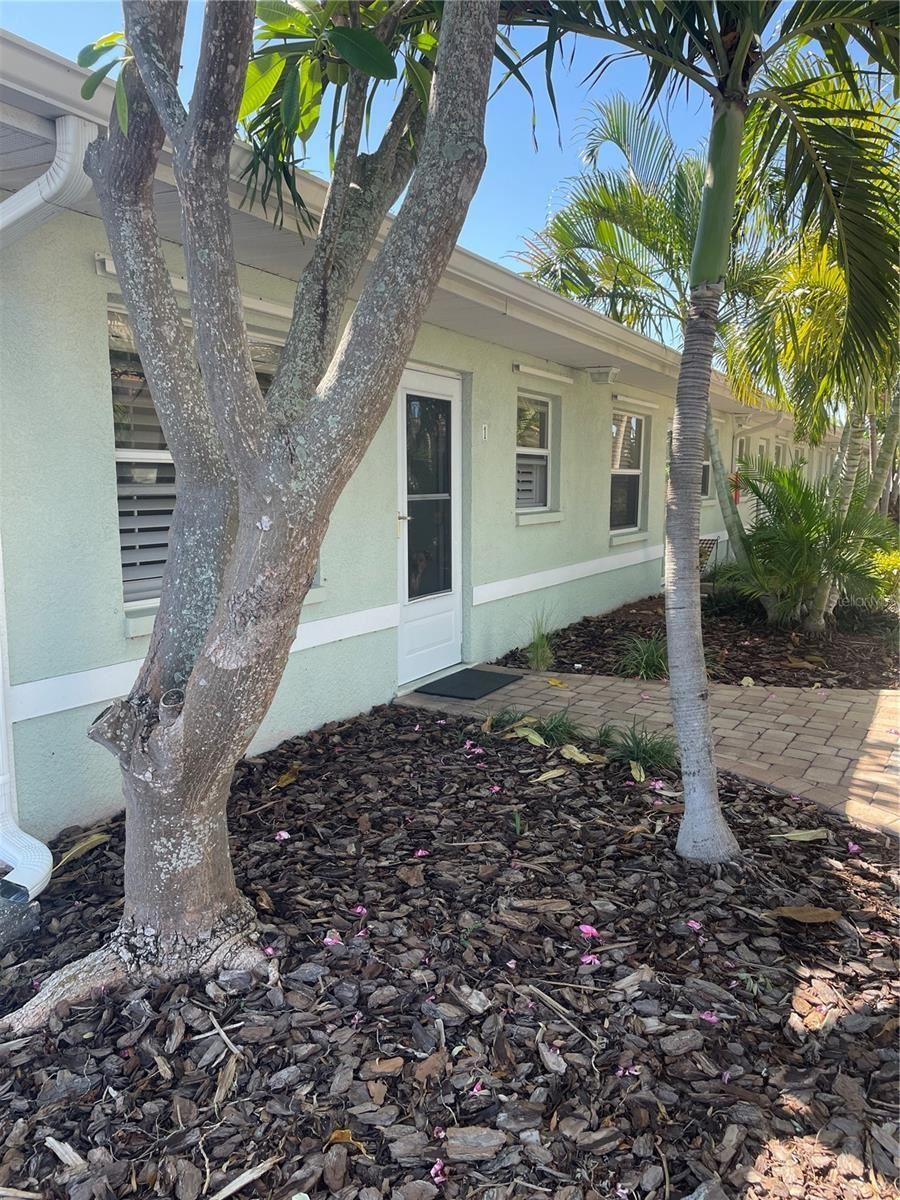 9040 BLIND PASS ROAD #B1, Saint Pete Beach, FL 33706 - MLS#: U8140321