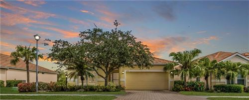 Photo of 3203 77TH DRIVE E, SARASOTA, FL 34243 (MLS # C7429322)