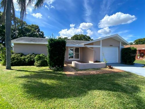 Photo of 4586 FOX LAKE COURT, CLEARWATER, FL 33762 (MLS # A4514323)