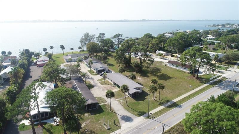 Photo of 540 S MCCALL ROAD, ENGLEWOOD, FL 34223 (MLS # D6111325)