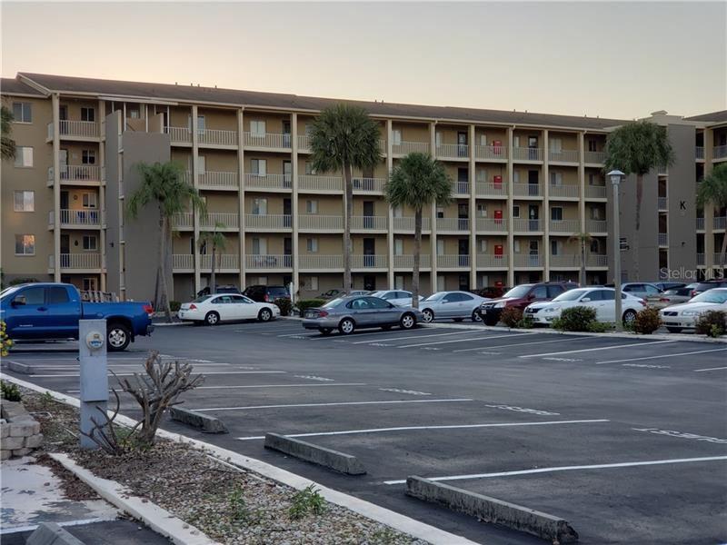 Photo of 3750 LAKE BAYSHORE DR #K506, BRADENTON, FL 34205 (MLS # A4466328)