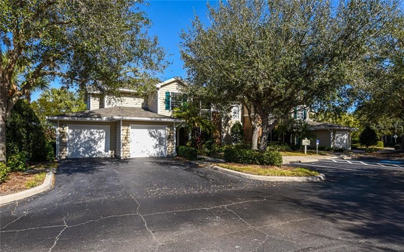 Photo of 8803 MANOR LOOP #101, LAKEWOOD RANCH, FL 34202 (MLS # A4489329)