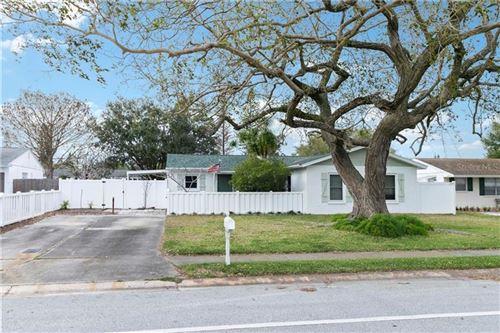 Photo of 3514 SOUTHERN PARKWAY W, BRADENTON, FL 34205 (MLS # A4492330)