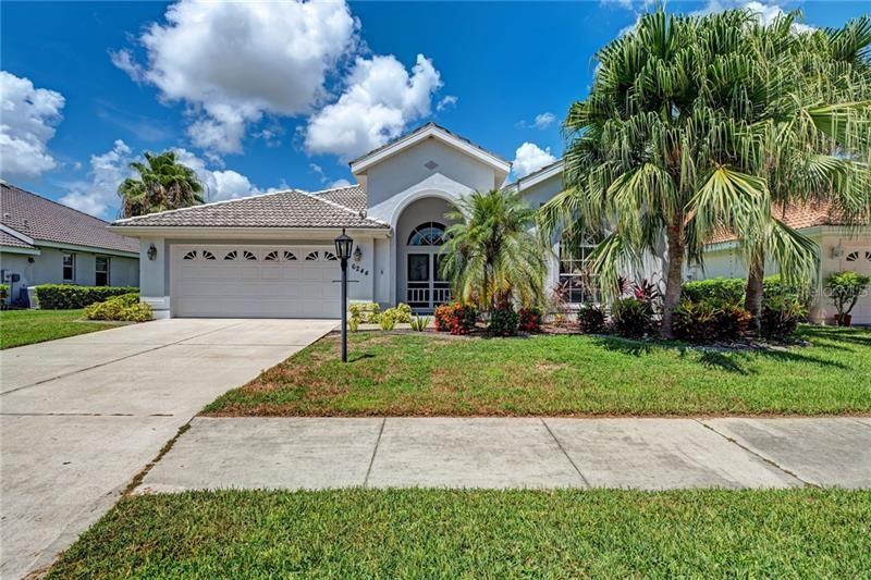6244 DONNINGTON COURT, Sarasota, FL 34238 - #: A4477331